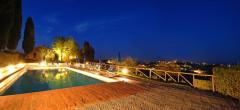 Villa Melograno | Pool mit nächtlicher Beleuchtung
