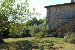 Toskana Ferienhaus Siena La Corte - Garten und Eingang Girasole