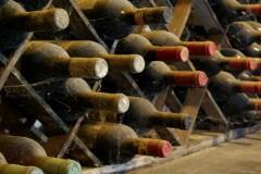 Exklusives Weingut Toskana Badia (2) Weinkeller Detail