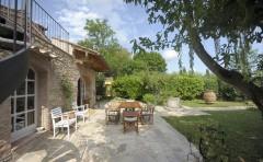 Toskana Ferienhaus Siena - Terrasse und Gartenbereich