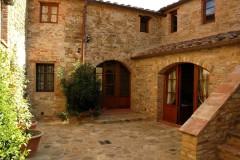 Weingut Toskana Ferienwohnung | Zenzero Eingangsbereich