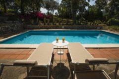 Villa Marina | Ferienhaus Elba Capoliveri | Pool mit Sonnenliegen