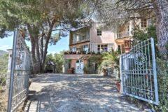 Villa Jasmina | Elba Ferienhaus am Meer | Einfahrt