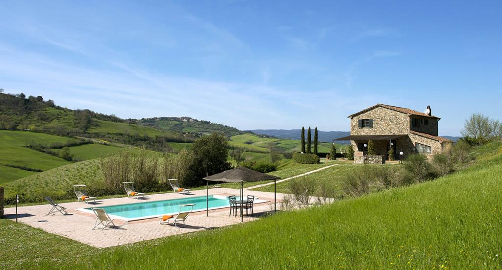 villa ghirlanda ferienhaus toscana mit privat pool am meer. Black Bedroom Furniture Sets. Home Design Ideas