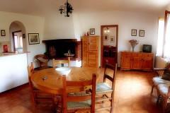 Toskana Ferienhaus Alessandra - Wohnkueche mit Kamin